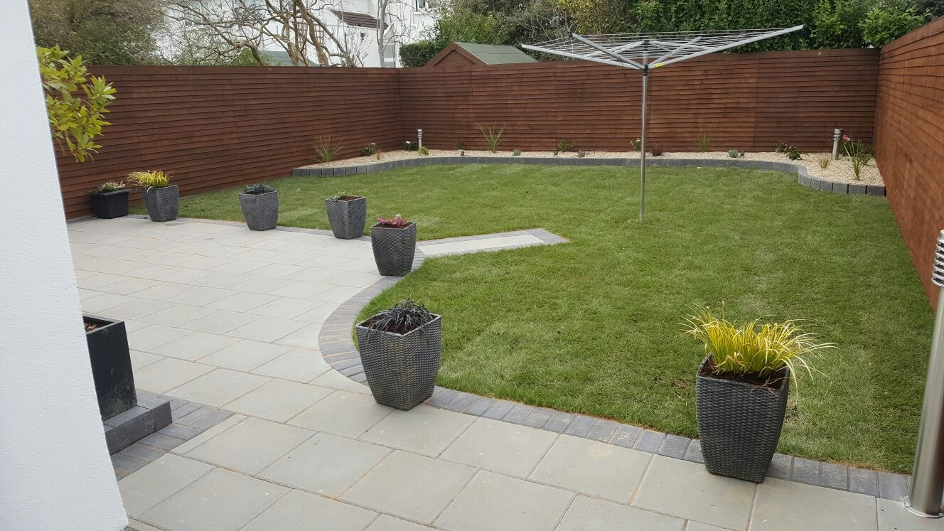 Garden landscaping in dublin design landscape gardeners for Garden design dublin
