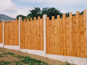 Garden fencing Dublin - dip castle